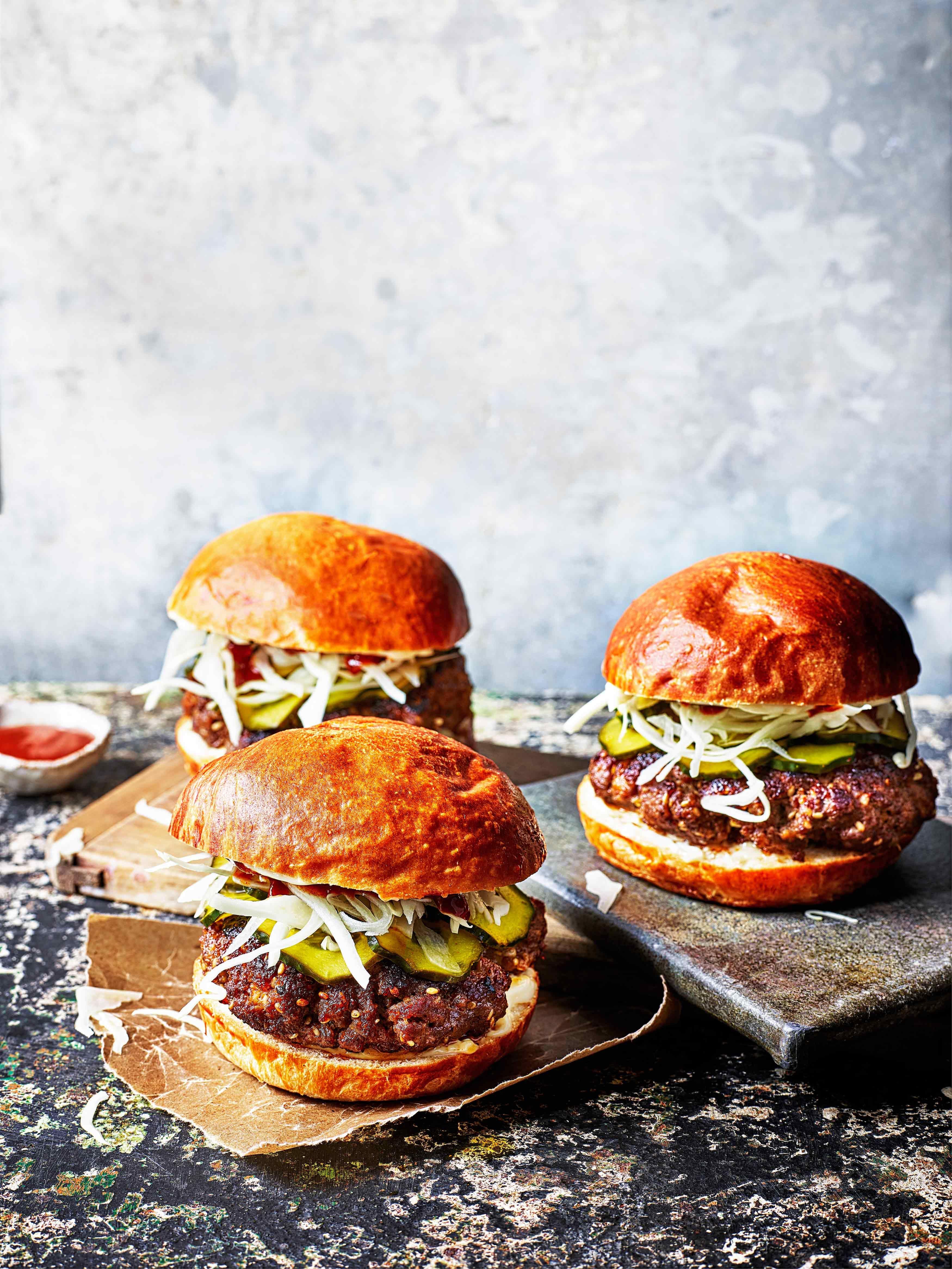 Rețetă de burger coreean pentru burgeri Bulgogi cu Gochujang