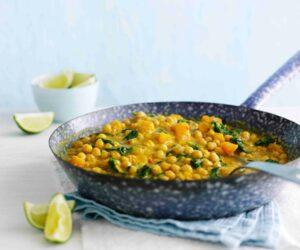Rețetă vegetariană de curry de naut și dovleac