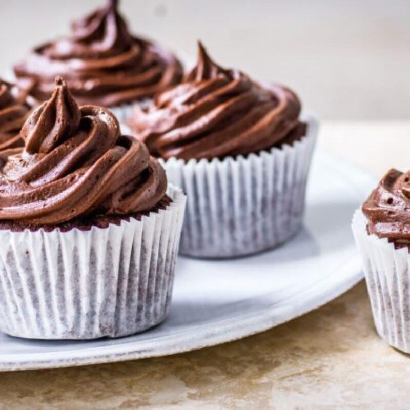 Rețetă clasică de cupcakes cu ciocolată