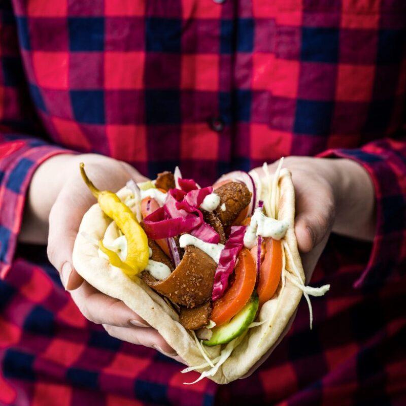 Rețetă Vegan Kebab cu Maioneză Tofu