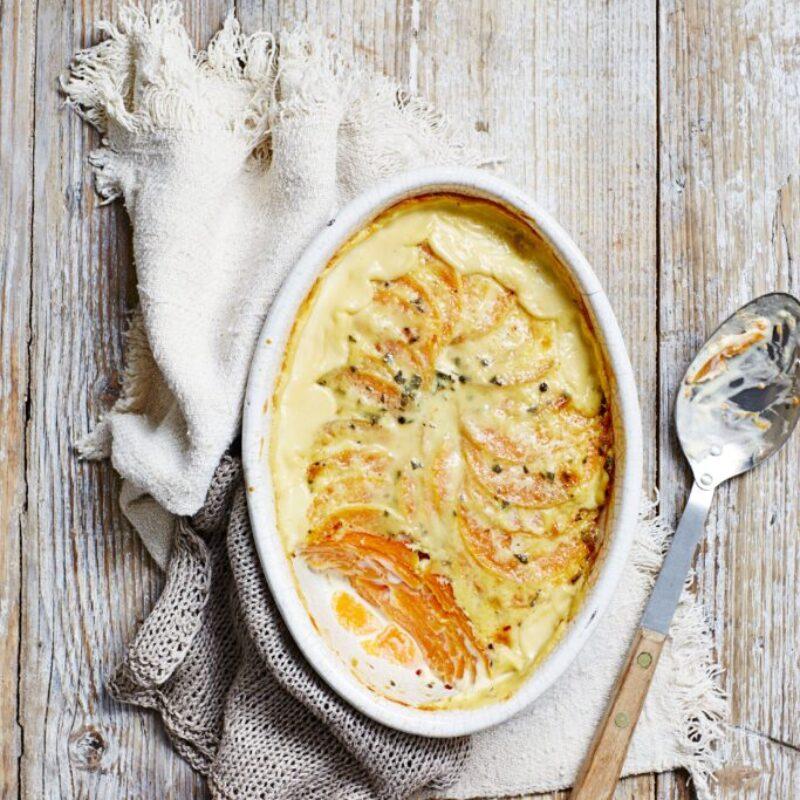 Rețetă de gratin cu dovlecei de butternut cu salvie
