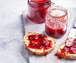 Gem de căpșuni cu Pimm's