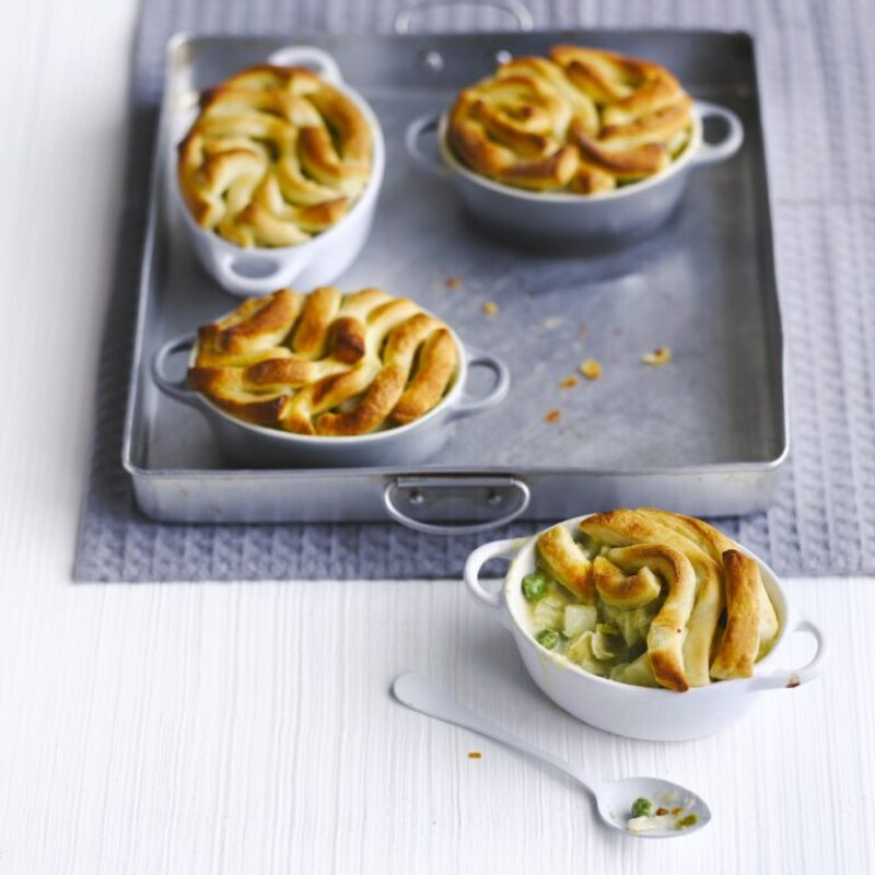Mini plăcinte cu topping cu grătare