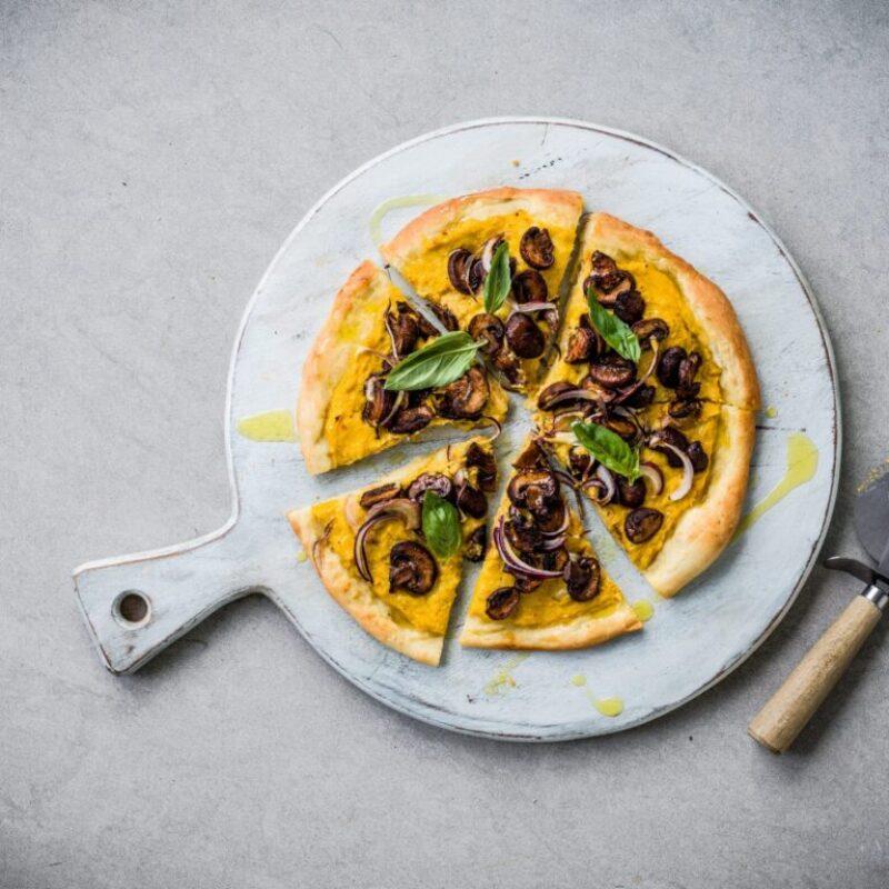 Rețetă de pizza vegană pentru aluat de pizza vegană