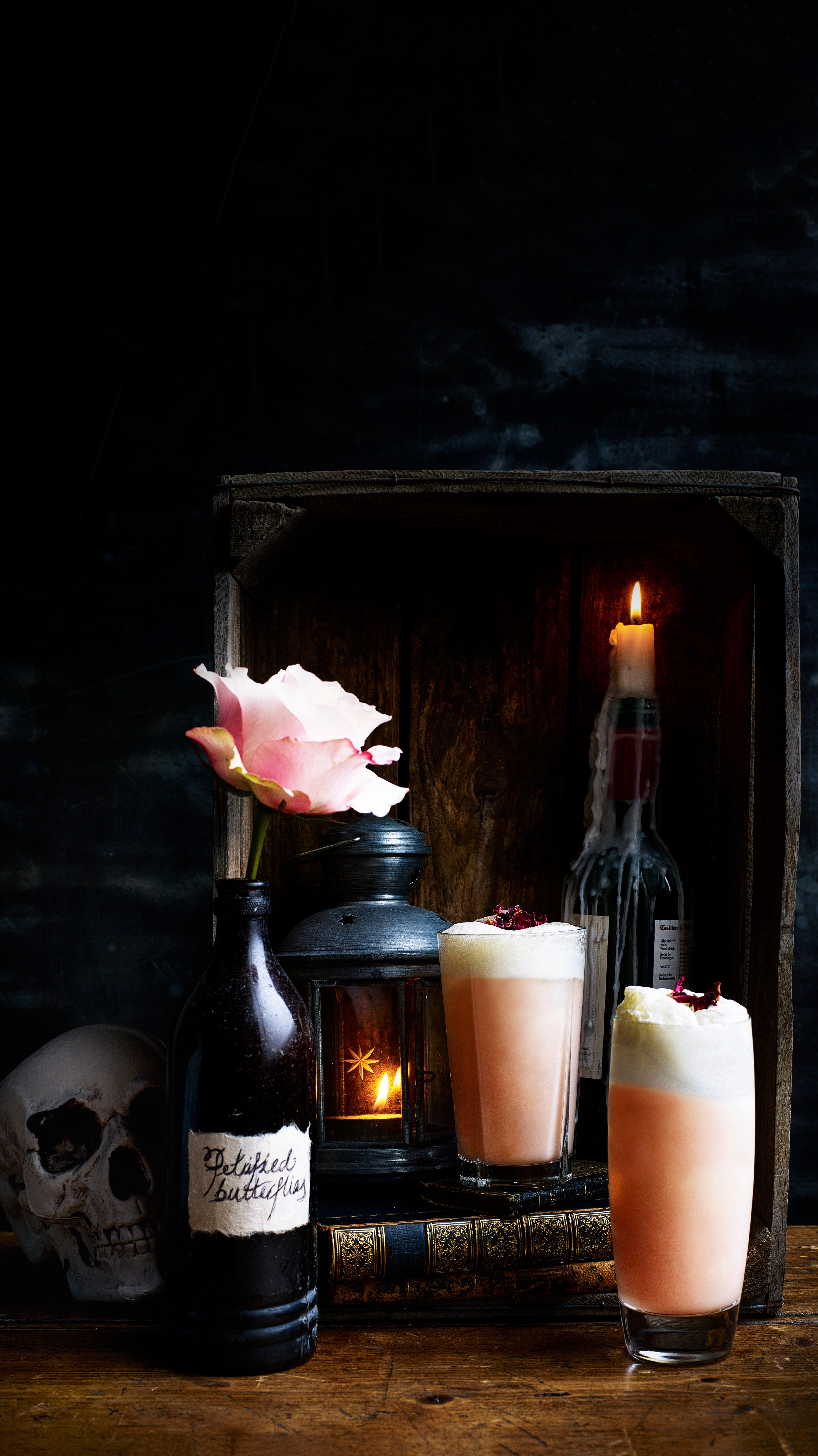 Cocktail Valentines pentru Gin Fizz cu sirop de rubarbă