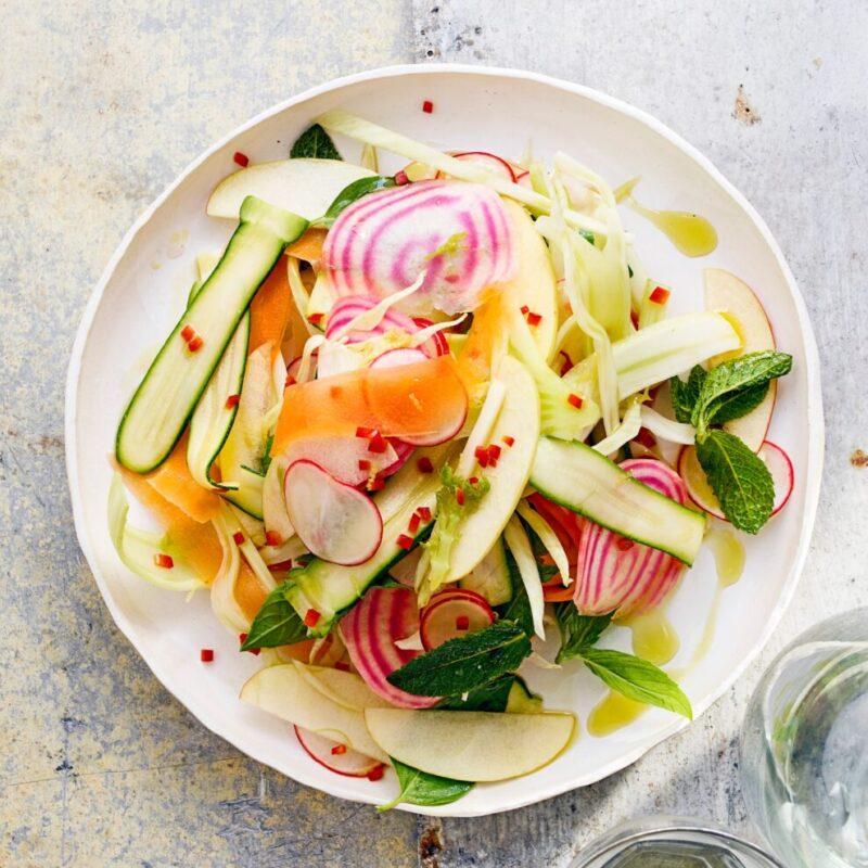 Rețetă de salată Crudo Veg pentru dietă crudă