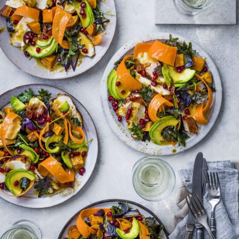 Rețetă ușoară de salată de pui cu Miso Kale