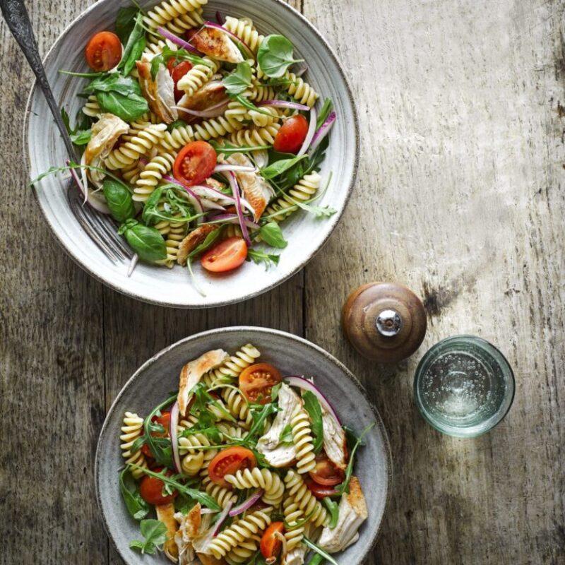 Rețetă de salată de paste de pui