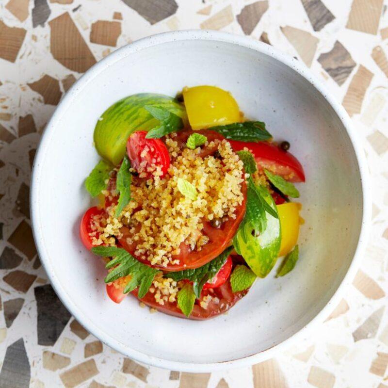 Rețetă de salată de roșii Heritage cu Pangritata