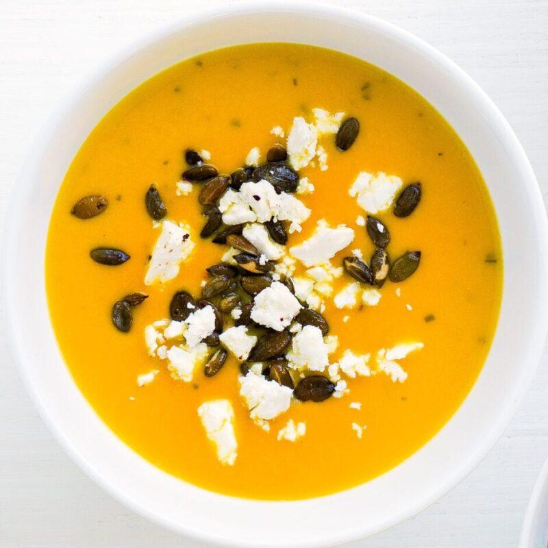 Supă de dovleac cu semințe de dovleac