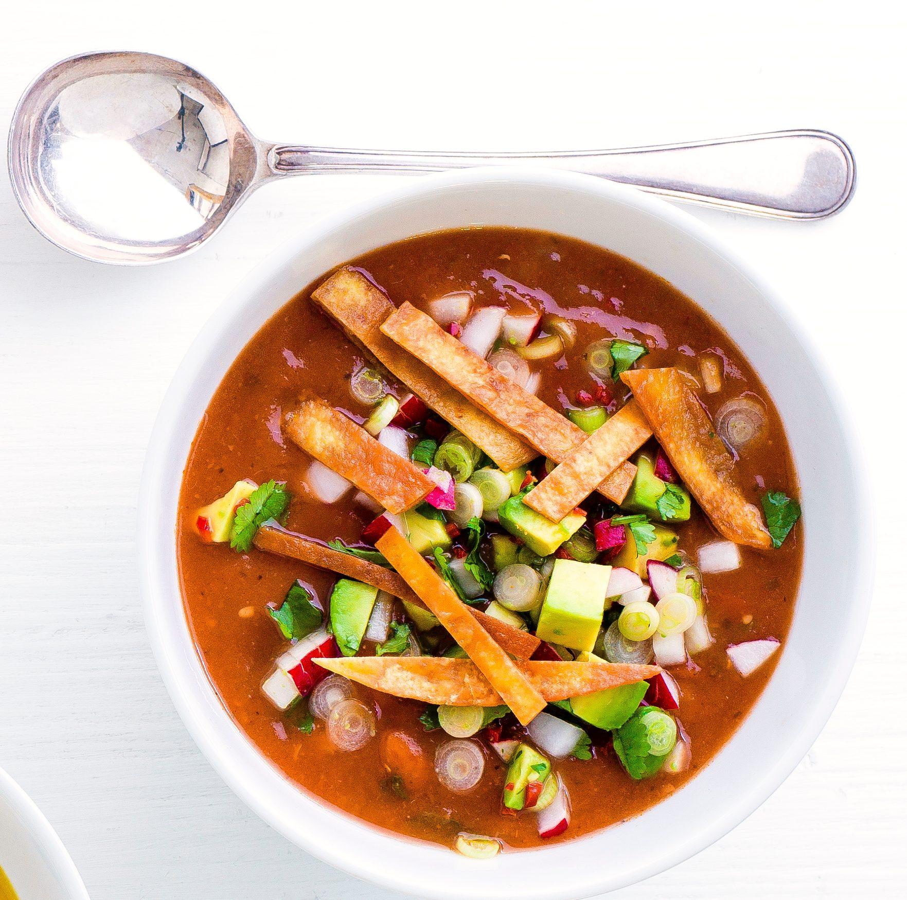 Reteta de supa de tortilla cu ardei iute