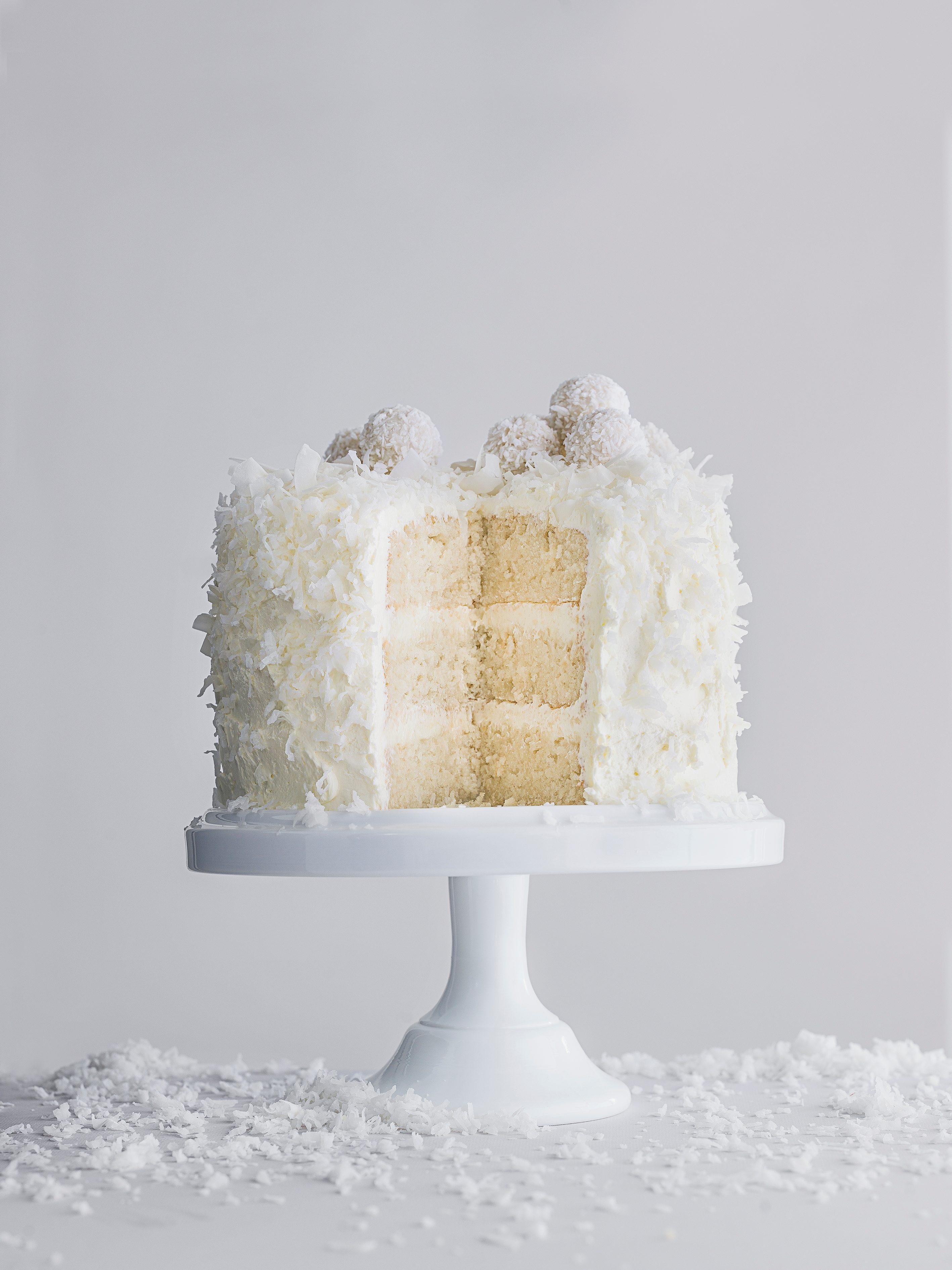 Tort cu bile de zăpadă (Rețetă de tort cu nucă de cocos)