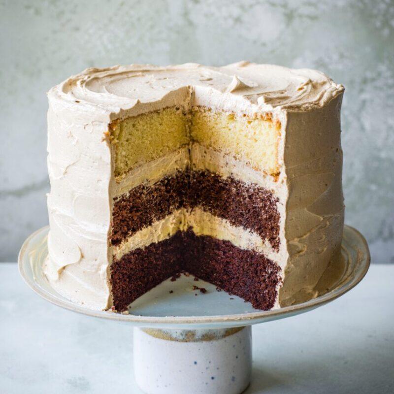 Rețetă de tort cu strat de ciocolată cu Chai Ganache